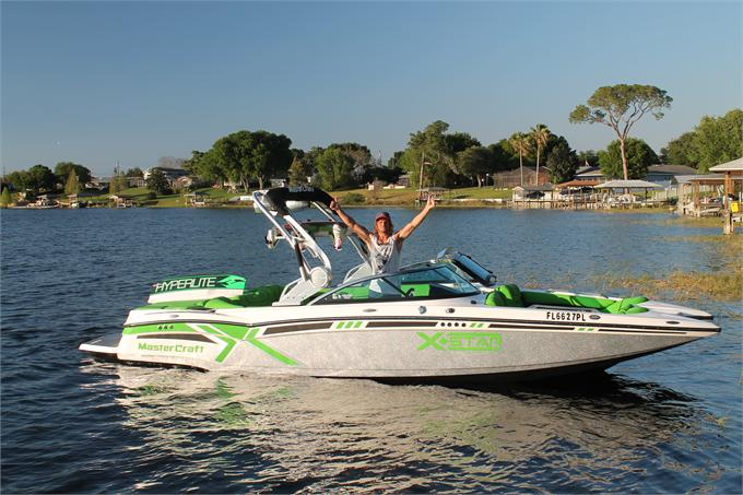 MasterCraft Boats UK Signs Sam Carne
